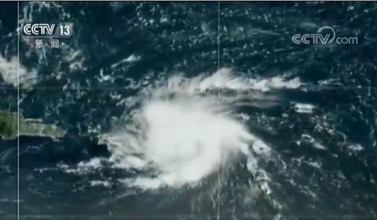 """【蜗牛棋牌】飓风""""多里安""""逼近美国本土 佛州进入紧急状态"""