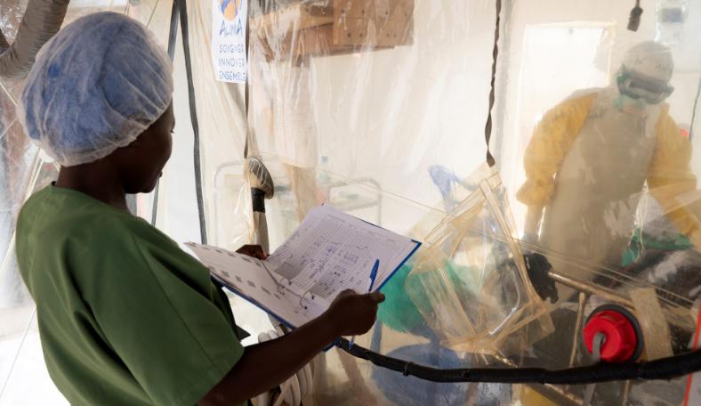 【蜗牛棋牌】乌干达边境新发现的埃博拉病毒感染者已确认死亡